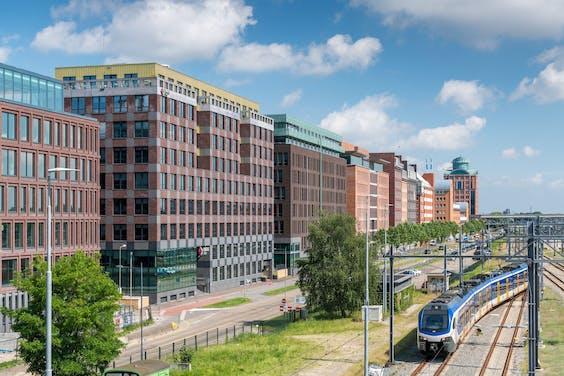 Het hoofdkantoor van Enexis in Den Bosch.
