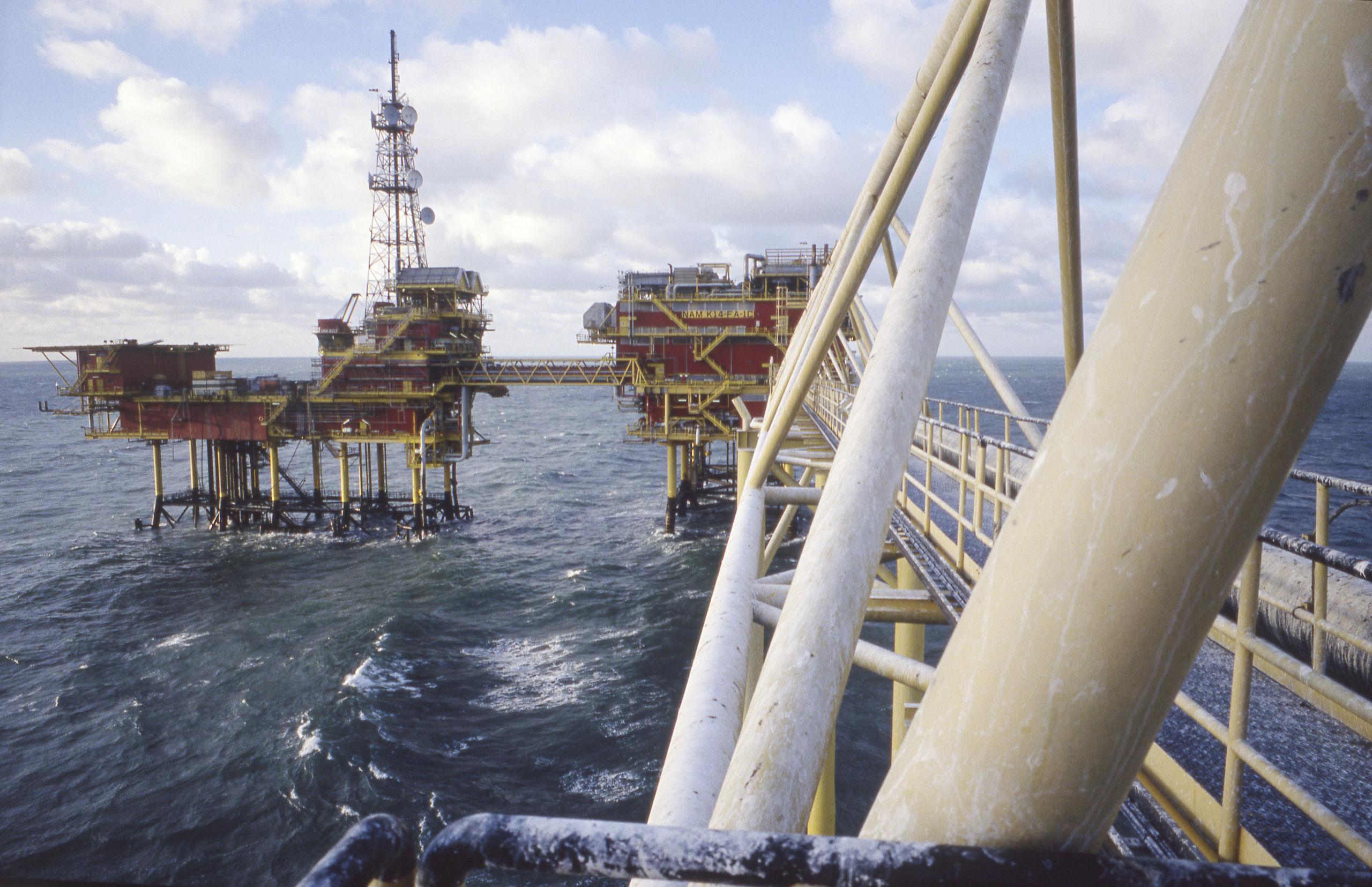 aansluiting offshore toen was Carbon dating ontwikkeld